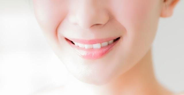 着色歯の原因とホワイトニング