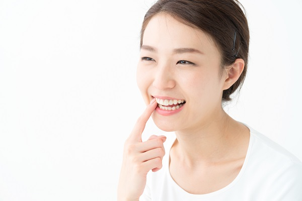 ホワイトニング後の白い歯